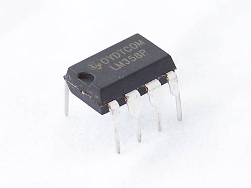 LM358 dual channel op amp